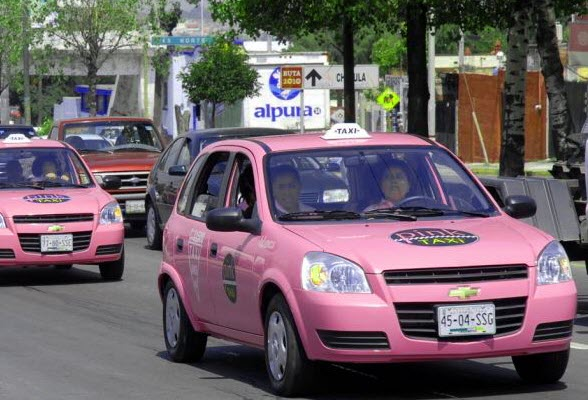 pink-roze-taxi