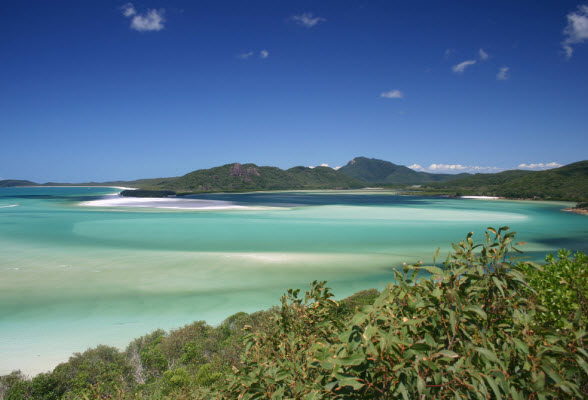whitehaven-beach-whitsunday-islands