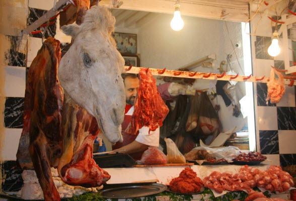 Markt Fez kamelenvlees kamelenhoofd