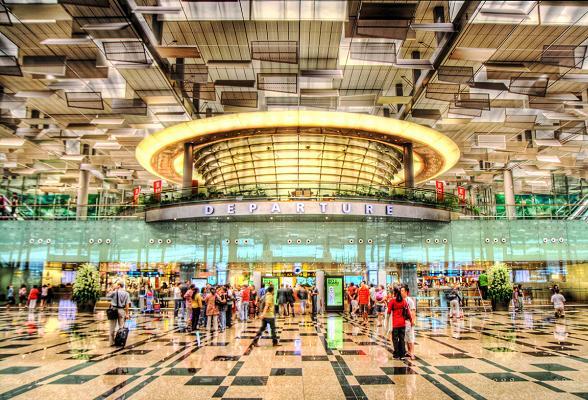 Changi Airport in Singapore is door de lezers van de Lonley Planet gekozen tot beste luchthaven ter wereld
