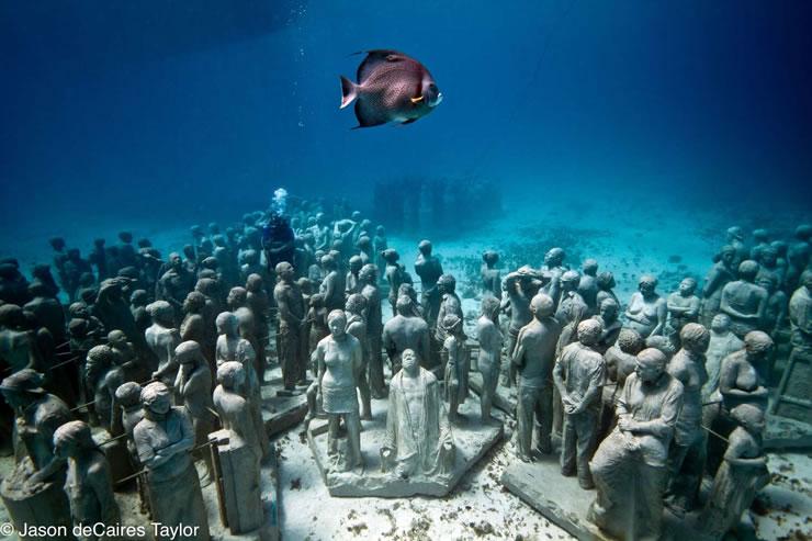 Onderwatermuseum_cancun_02