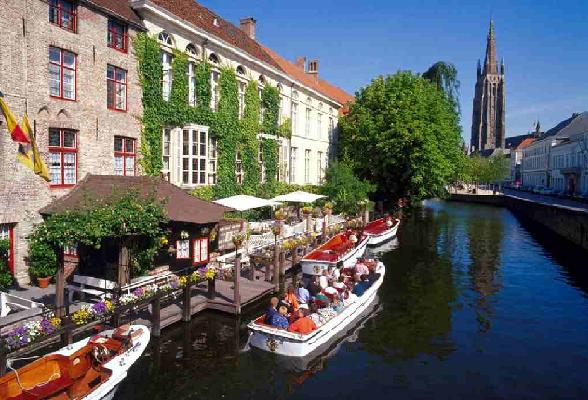 Wij geven u 5 redenen waarom u juist deze winter een bezoek aan Brugge echt niet aan u voorbij kunt laten gaan.