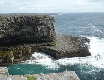 De Araneilanden, Ierland