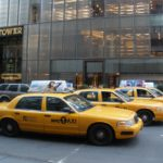 Yellow Cabs aan de Trump Tower
