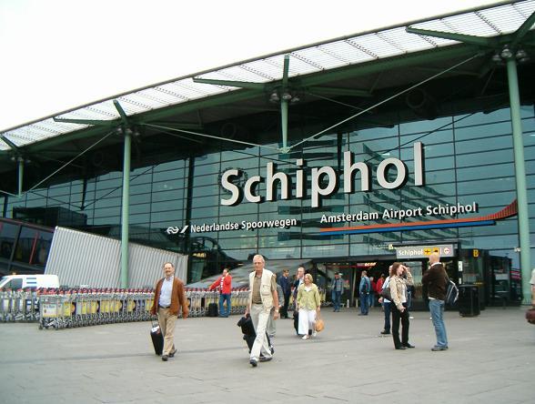 De luchthaven Schiphol is door luchthavenorganissatie ACI Europe uitgeroepen tot beste Europese luchthaven in de categorie meer dan 25 miljoen passagiers.