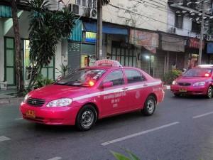 Roze taxi's in de hoofdstad van Thailand