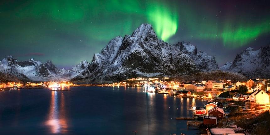 Wat je zeker moet gaan zien dat is het Noorderlicht in de wintermaanden en de nationaal parken Jotunheimen en Rondane en in het noorden de Lofoten/Vesterålen en Spitsbergen in de zomer.
