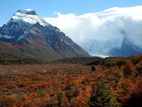 Parque Nacional Los Glaciares in de herfst heeft iets weg van Indian Summer met de prachtige kleuren van de bomen