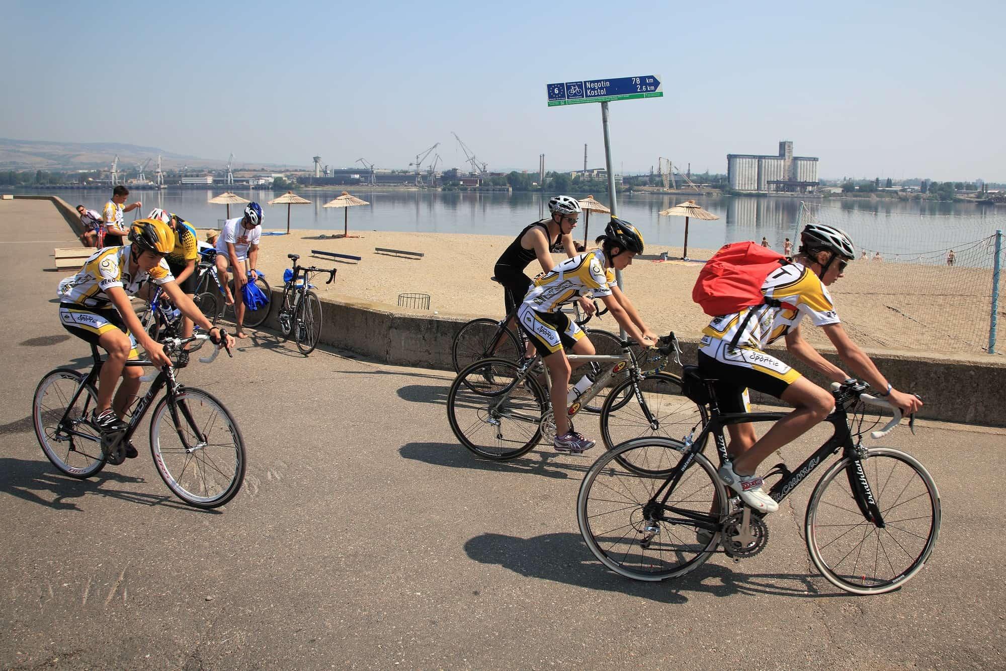 fietsen langs de Donau in Servie