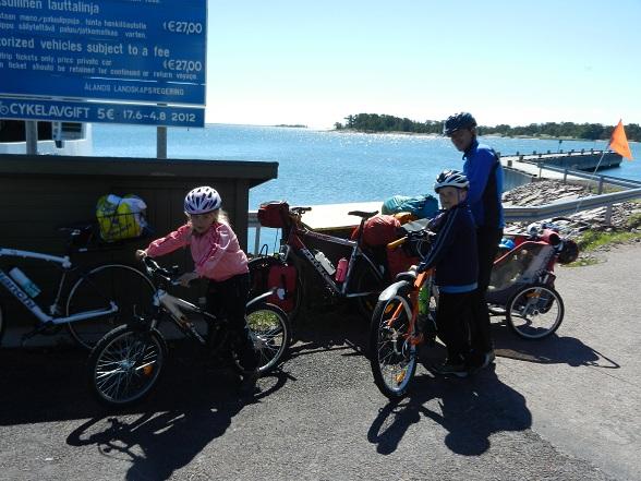 Ferry naar Enklinge