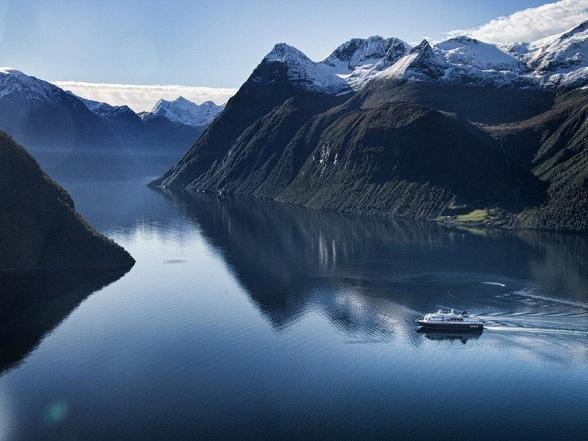 Zeereizen met de Hurtigruten naar Antarctica