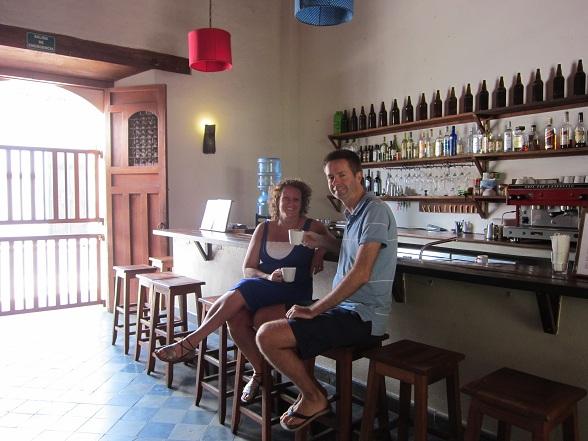 Joost van Duin en Geertje van der Pas, de managers van Hotel con Corazón