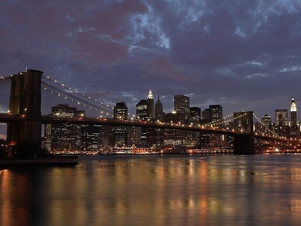 Clouds on Brooklyn Bridge