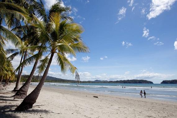 Na een rondreis door Costa Rica is het heerlijk bijkomen op het strand van Samara.