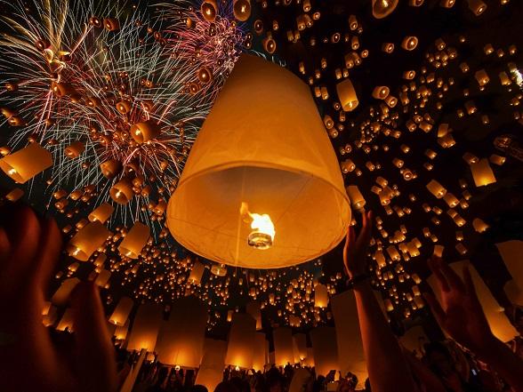 Vuurwerk tijdens het krathong festival