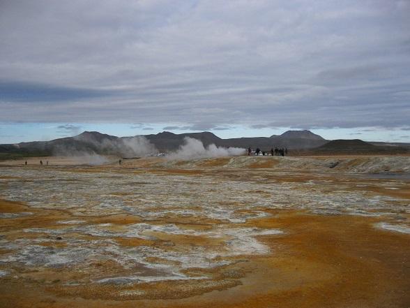 Hvérir is een van de grootste solfatarenvelden van IJsland.