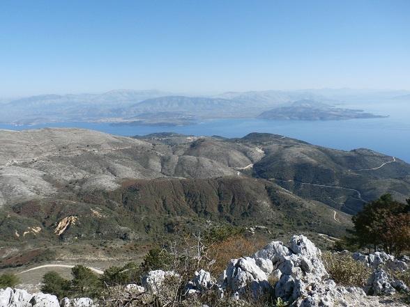 Het uitzicht op de top is de klim naar de Pantokrator meer dan waard