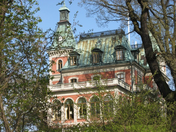 Op Djurgarden vind je een aantal zeer exclusieve villa's, in handen van de Stockholmers die het zich kunnen veroorloven.