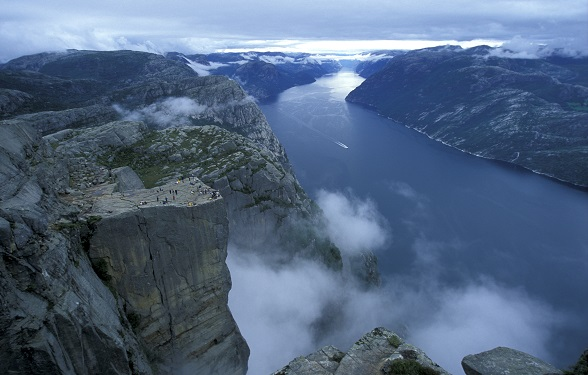 Preikestolen: the iconic Pulpit Rock