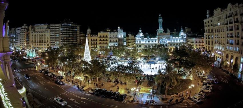 Kerst op Plaza Ayuntamiento, dé ontmoetingsplek in Valencia