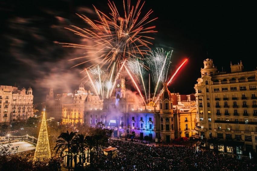 Oud en Nieuw op Plaza Ayuntamiento Valencia