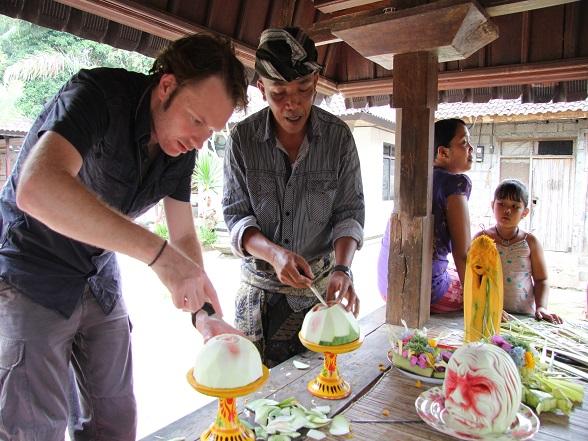 De mooiste reiservaringen ontstaan weg van de massa, vaak in contact met de lokale bevolking