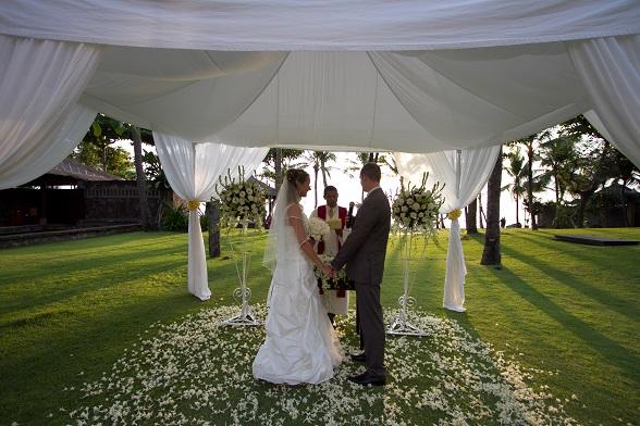huwelijksceremonie bali
