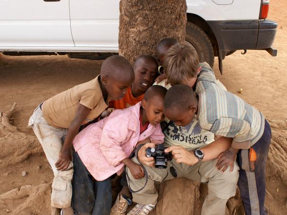 Contact met kinderen in Kenia