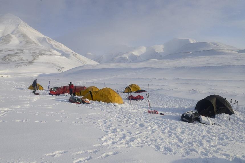 camp spitsbergen