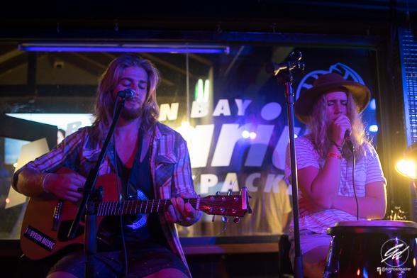 Open mic Byron Bay