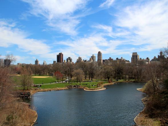 Het uitzicht over Central Park vanaf Vista Rock, één van de originele rotspartijen in het park. De rots is maar liefst 450 miljoen jaar oud