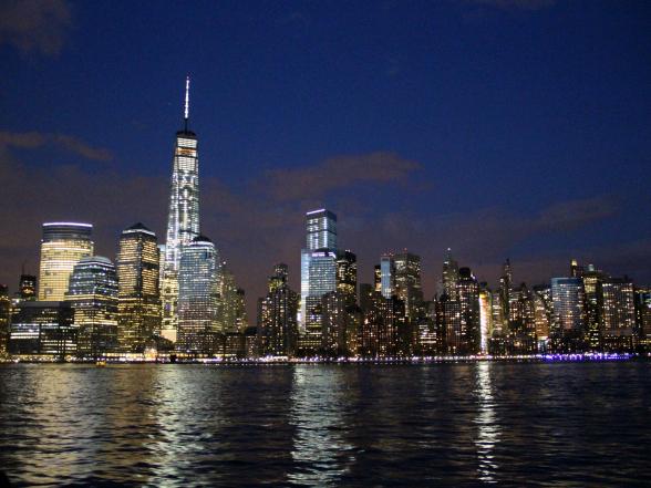 Het zuiden van Manhattan, gezien tijdens een cruise door New York Bay. Never gets old!