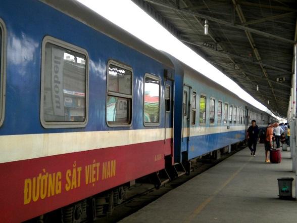 vietnam-treinreis-station