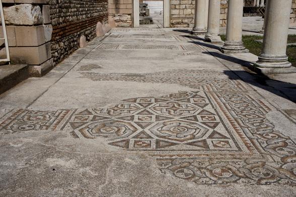 Een goed bewaard mozaïek in Sardis.