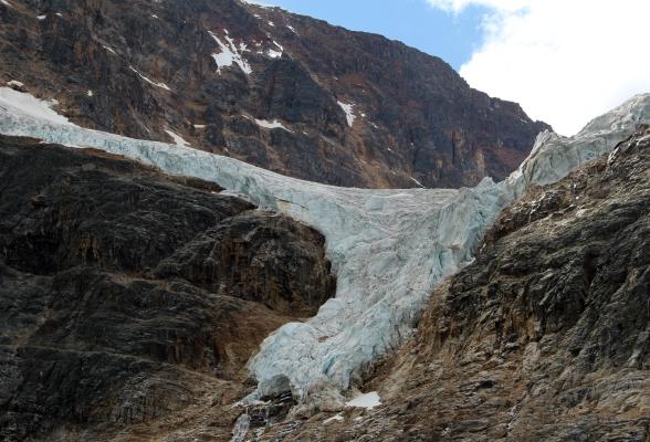 Mount Edith Cavell en Cavell Glacier