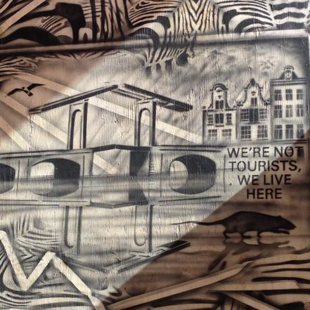 Hugo Kaagman street art in amsterdam