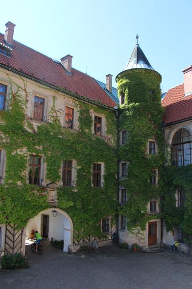 Een van de mooiste kastelen van het Boheems Paradijs is het Zámek Hrubá Skála kasteel