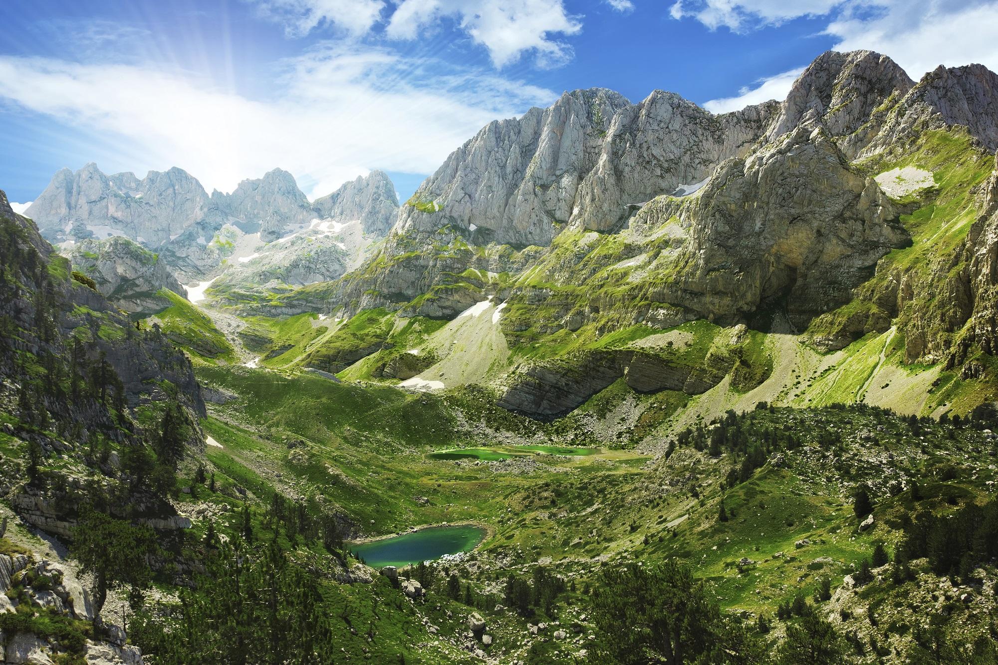 De Alpen van Albanië.