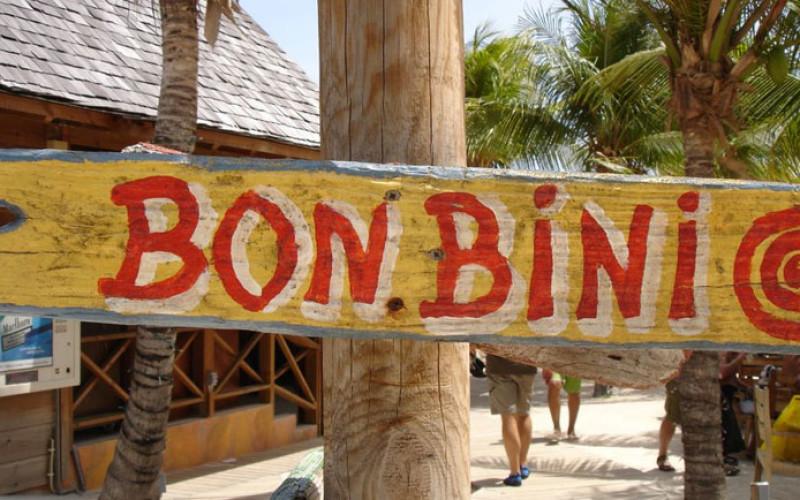 'Bon Bini' is Papiaments voor 'Welkom'.