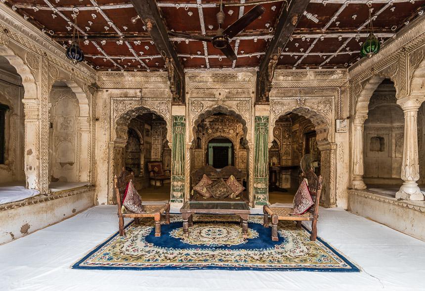 Een suite in een kasteel te Mehansar