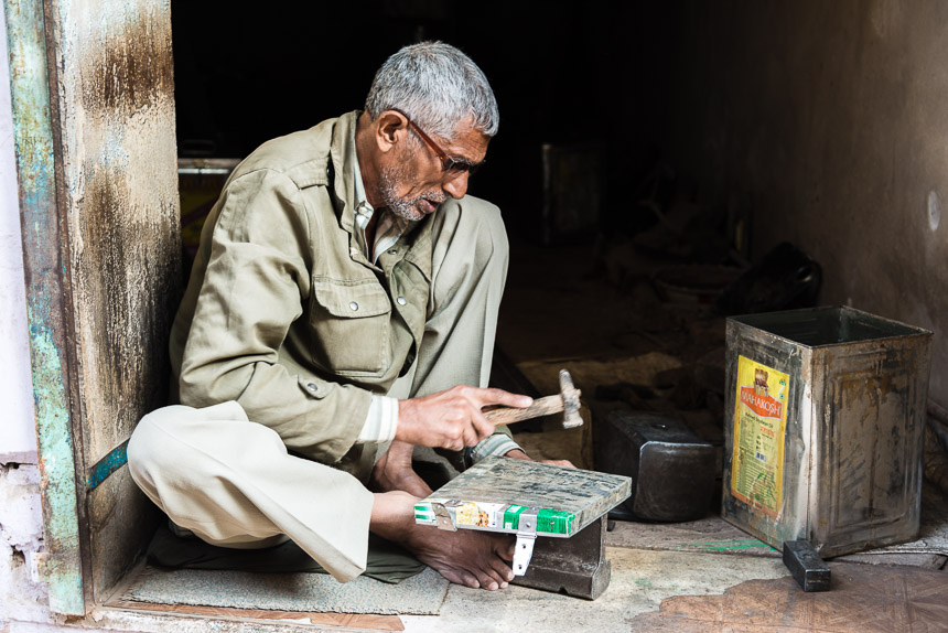 Nawalgarh - blikken timmeren met handen en voeten