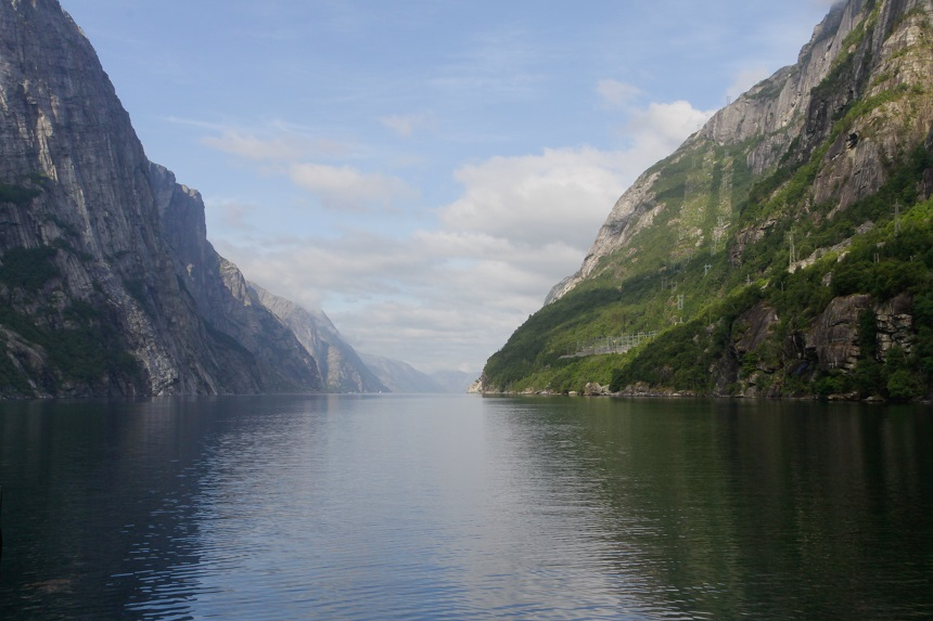 Zicht in de fjord vanaf Lysebotn
