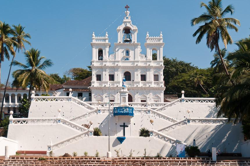 De Portugese kerk in Panjim