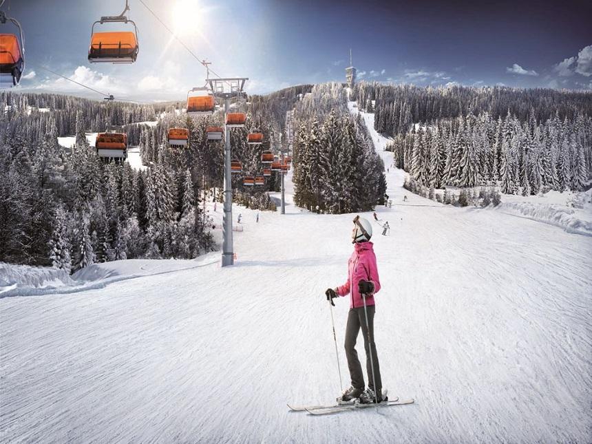Bozí Dar Klinovec is het grootste skigebied van het Ertsgebergte en ligt direct aan de Duitse grens.