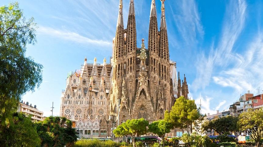 La Sagrada Família, de monumentale kerk gelegen in het centrum van Barcelona, in de wijk van l'Eixample