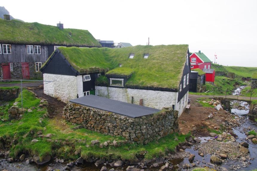 Het ruige klimaat, het ruige landschap en de eenzaamheid: I love Faeröer!