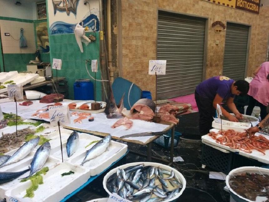 Pesce Spada op de markt