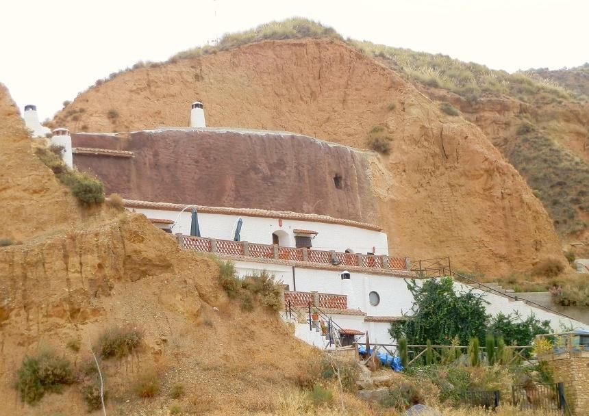 Grotwoningen in Guadix - binnen 19 graden, zomer en winter.