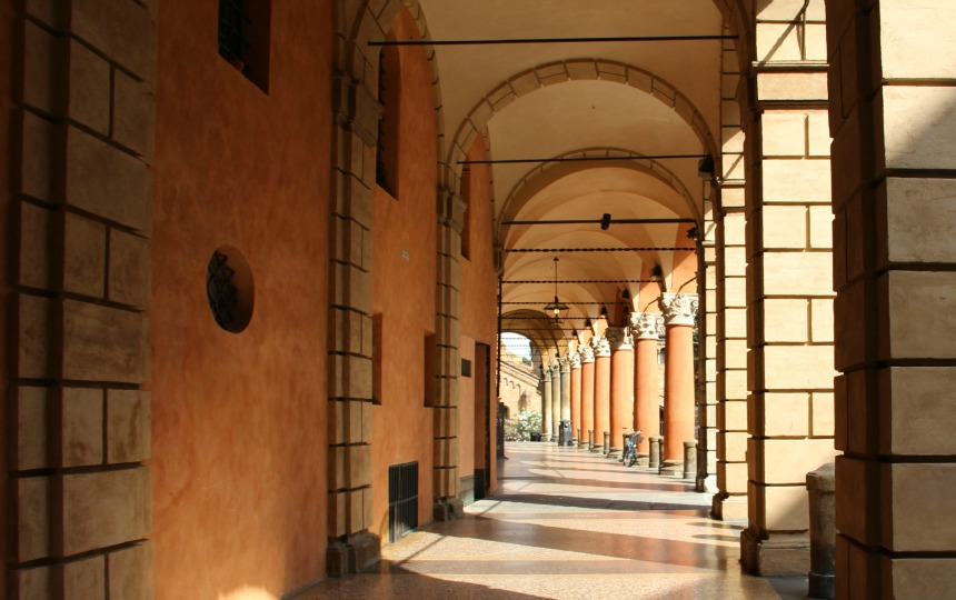 Bologna staat bekend om haar booggalerijen