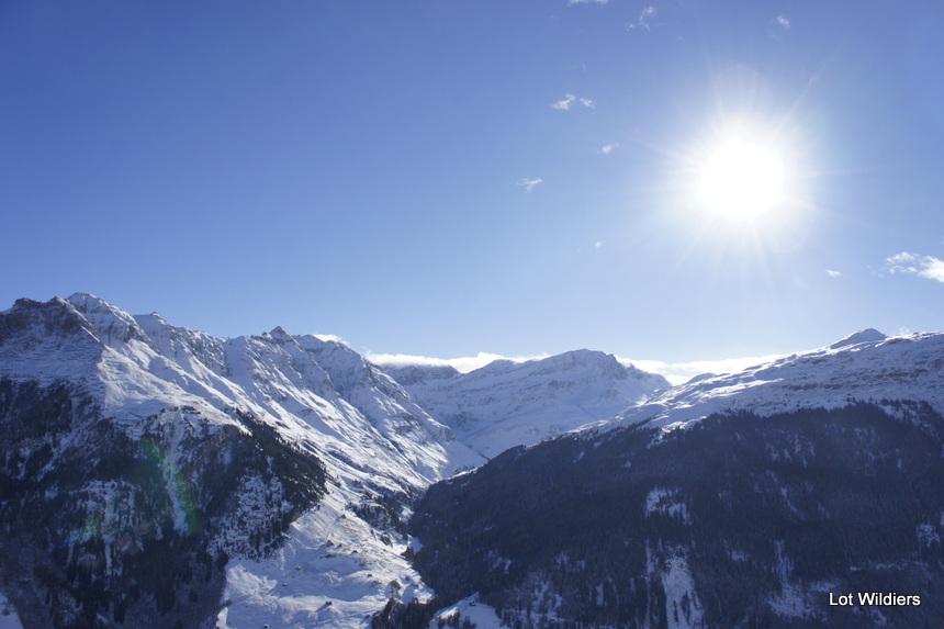 Zonneschijn komt en gaat snel in Vals.